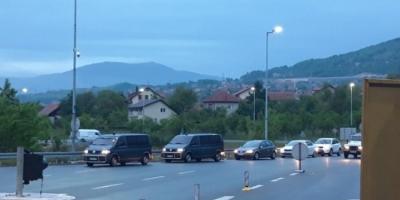 Velika policijska akcija zorom: Pretresi na 19 lokacija u Kaknju, te Ilijašu i Bihaću, na meti dileri